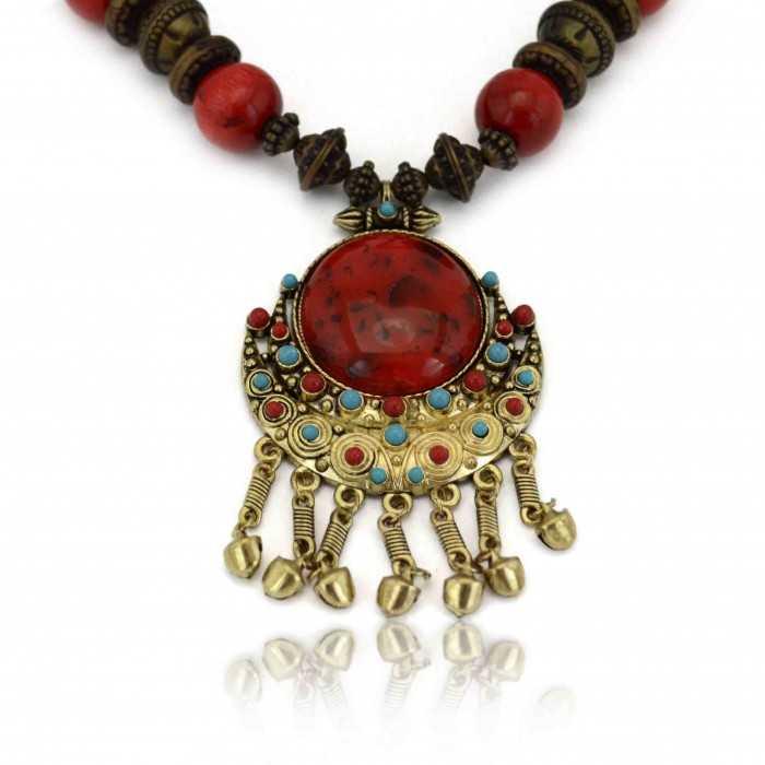 """Collier fantaisie """"Tibet"""" en perles de bois et turquoise de synthèse"""