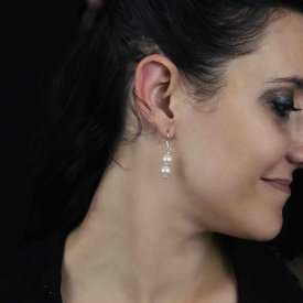 """Boucles d'oreilles """"Charming"""" en métal doré, strass et résine"""