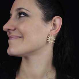 """Boucles d'oreilles """"Hemp"""" en métal doré et strass"""