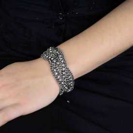 """Bracelet fantaisie """"Rock n' Roll"""" en métal argenté et strass"""