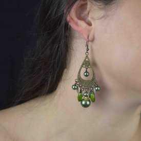 """Boucles d'oreilles orientales """"Perles"""" en métal argenté, nacre et perles"""