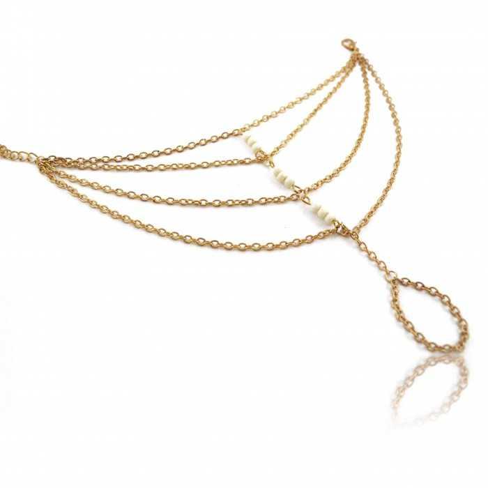 """Bracelet-bague """"Spider Pearl"""" en métal doré et perles à facettes"""