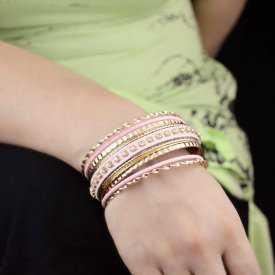 "Bracelets multiples ""Namaste"" en métal doré et strass"