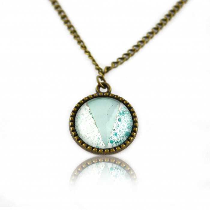 """Collier """"Glitter - Summer Turquoise"""" en métal doré vieilli et cabochon"""