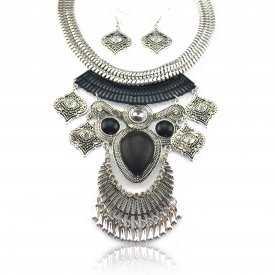 """Parure """"Tribal Style - Polymnie"""" en métal argenté vieilli et résine"""