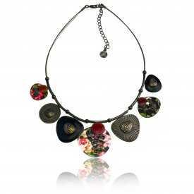 """Collier """"Ikita - Spring"""" en métal argenté, résine et émail, sur câbles"""
