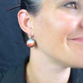 """Boucles d'oreilles """"Sweet nature - Poppy"""" en métal bronze et cabochon de verre"""