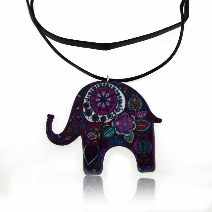"Collier ""Elephant Power"" en résine et cordon de cuir"