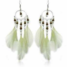"""Boucles d'oreilles """"Bohème"""" en métal argenté, perles et plumes"""