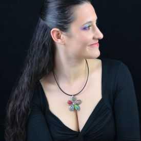 """Collier """"Liz'Créations - Grande Fleur"""" en argile polymère"""