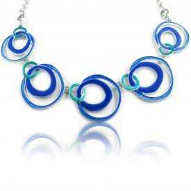 """Collier fantaisie """"Ikita - Circles"""" en métal argenté et émail"""