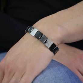 """Bracelet fantaisie """"Ikita - Carrés"""" en métal argenté peint"""