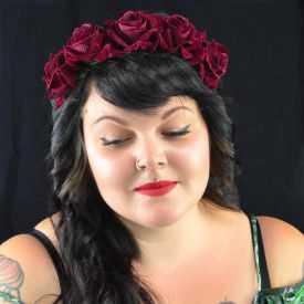 """Headband / Couronne de fleur """"Burgund Rose"""" en tissu"""
