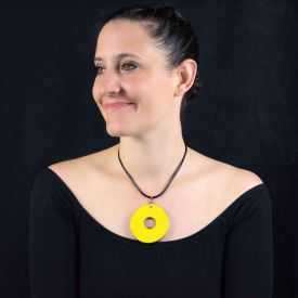 """Collier """"Christine Alloing - Hula Hoop"""" en laiton et céramique"""