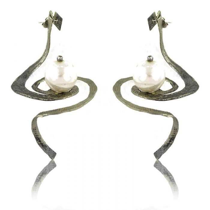 """Boucles d'oreilles """"Opus 4 - Héphaïstos"""" en métal argenté et perle"""