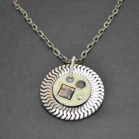 """Collier """"Cercle Nacré"""" en métal argenté et nacre"""