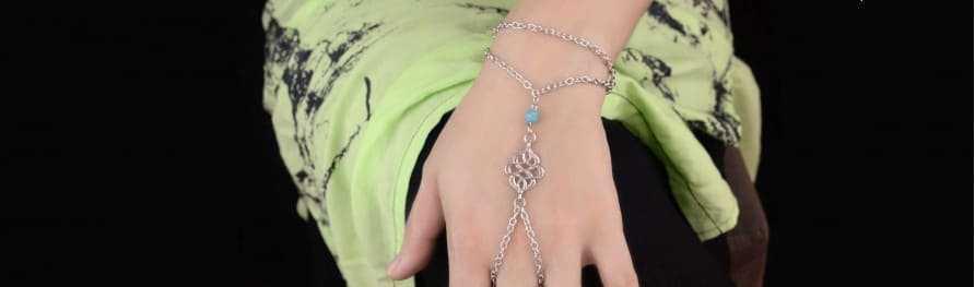 Bracelets de main