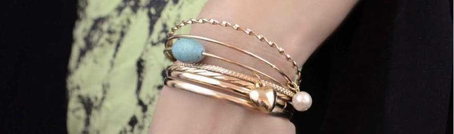 Bracelets-manchettes et multiples